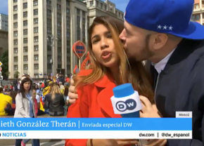 VIDEO INCREDIBIL! Reporteră asaltată sexual în timp ce transmitea de la Campionatul Mondial din Rusia: