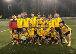 VIDEO Altă dată făceau spectacol în Liga 1, acum fac show la minifotbal » Marius Niculae, Florin Matache și Cătălin Munteanu au luat Cupa