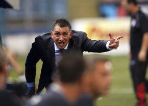 FCSB - Hajduk Split 2-1 // Ilie Dumitrescu s-a luat de 3 jucători de la FCSB: