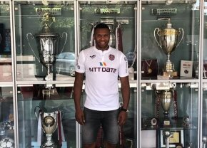 FOTO S-a făcut transferul celui mai faimos fotbalist străin care va juca în Liga 1! Primele imagini cu Julio Baptista la CFR Cluj
