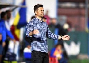 Încă o schimbare la Dinamo » Bratu s-a hotărât: cu cine joacă în deplasarea de la Iași