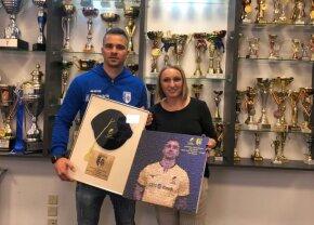 VIDEO Valentin Calafeteanu, premiat de CSM București pentru 100 selecții la echipa națională
