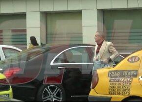 Imaginile săptămânii! Becali a ieșit pe stradă cu doi saci de bani de la bancă :O