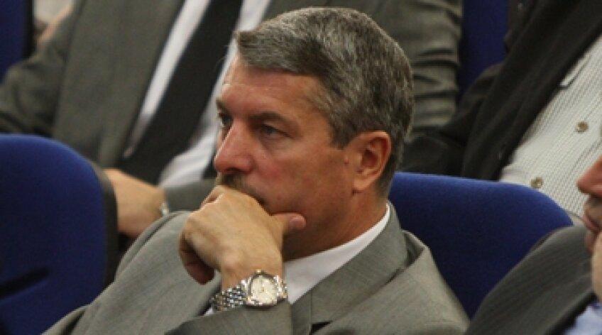 Vasile Avram, Avram, CCA