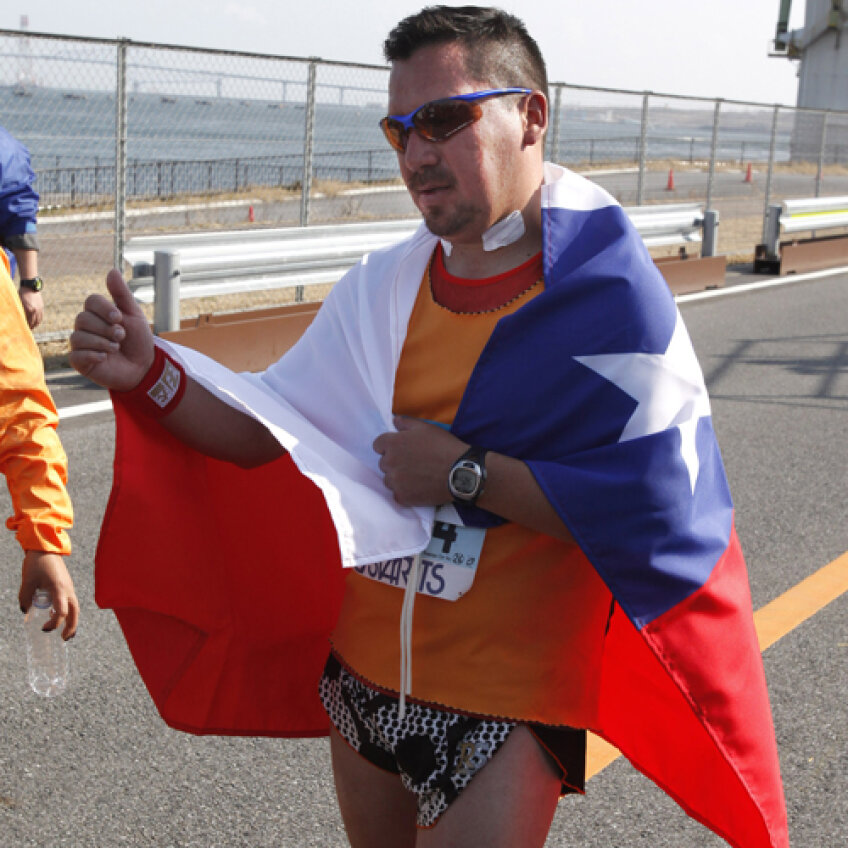Edison Peña la finalul maratonului de la Tokyo Foto: EPA-Agerpres