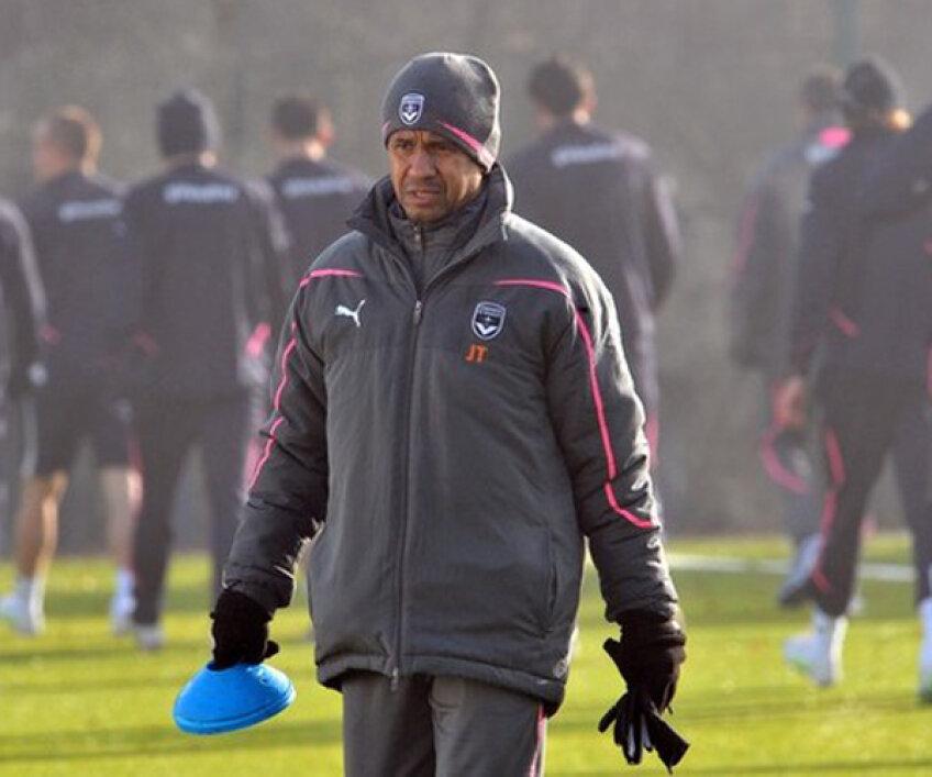 Jean Tigana a fost numit antrenorul lui Bordeaux la finalul lunii mai 2010, în locul lui Laurent Blanc