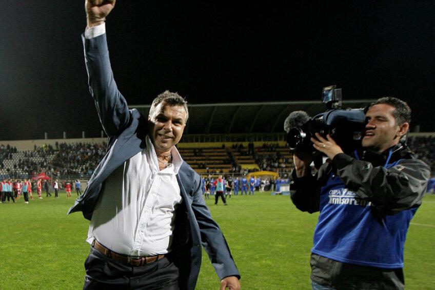 Cosmin Olăroiu a dat mult-aşteptatul verdict: NU rămîne la Steaua!