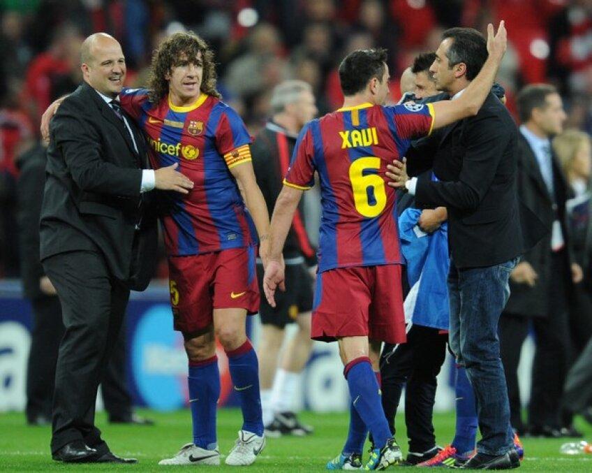 Carles Puyol, al doilea din dreapta (33 de ani)