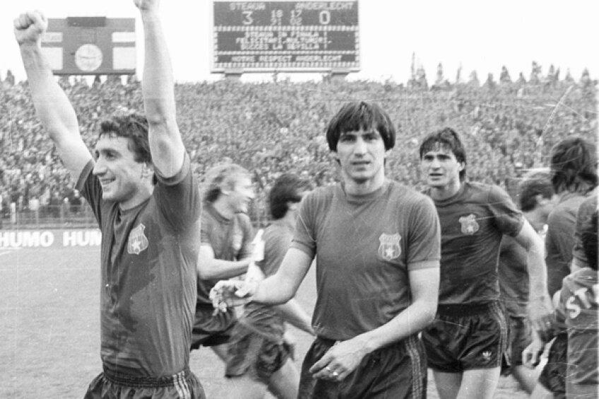 Victor Piţurcă a făcut parte din echipa Stelei care a adus Cupa Campionilor Europeni la Bucureşti