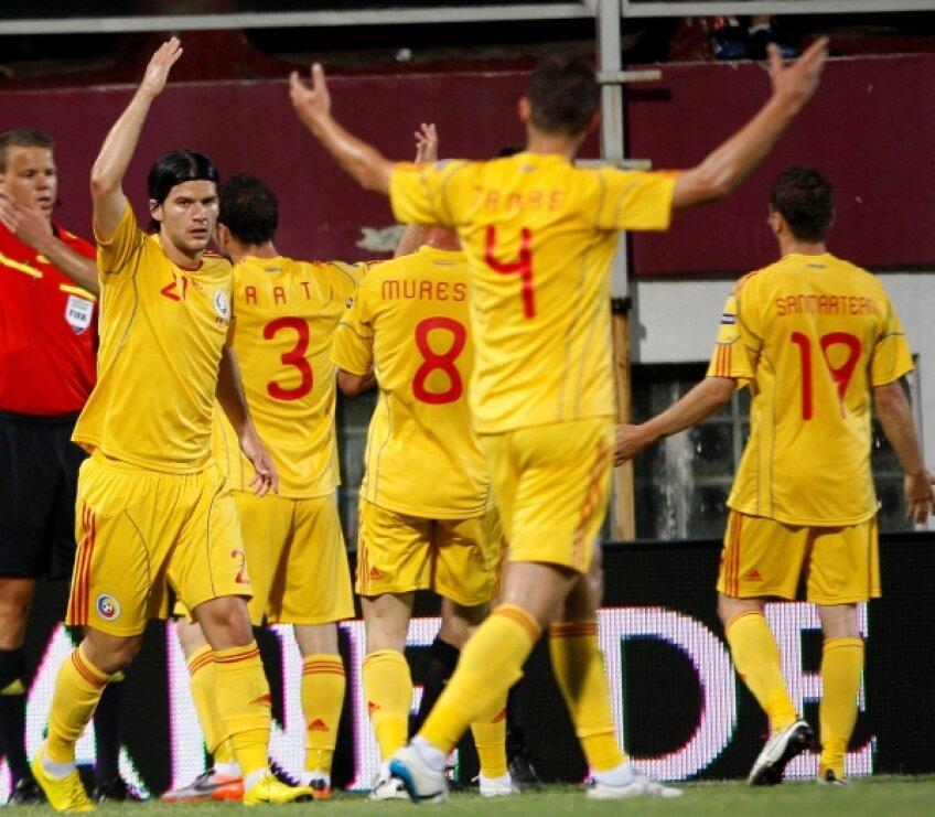 România s-a impus categoric în faţa Bosniei, scor 3-0