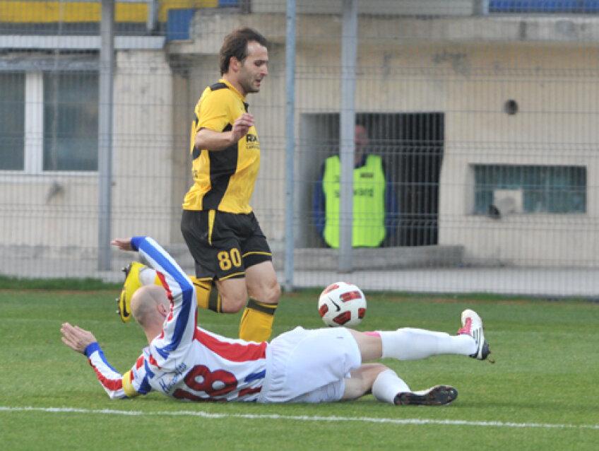 Teixeira a marcat un singur gol în retur