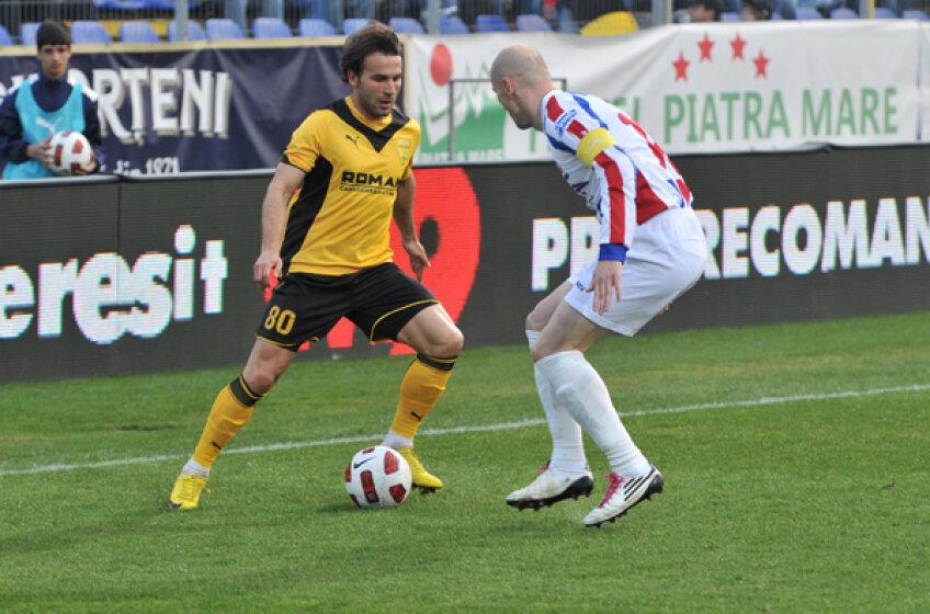 Filipe Teixeira, în duel cu Sergiu Costin