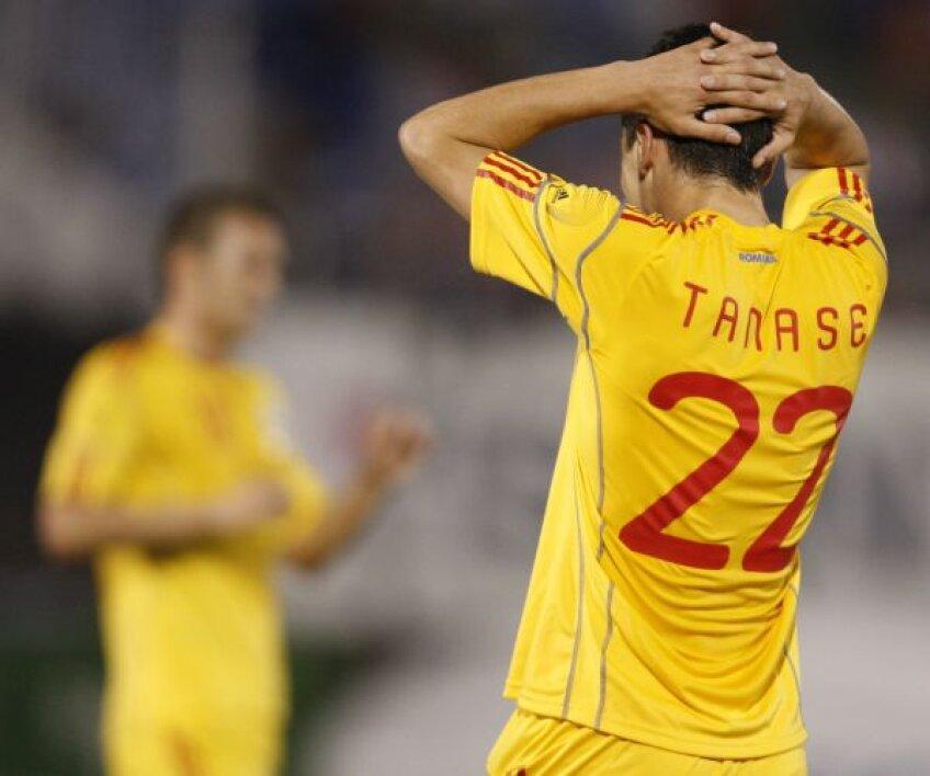 Tricolorii nu au reuşit să înscrie nici în meciul cu Paraguay