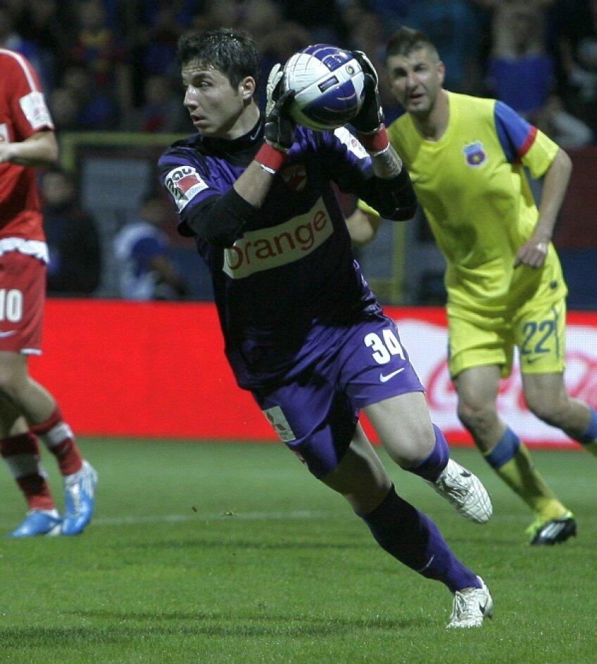În sezonul trecut de Liga 1, Bălgrădean a evoluat în 10 partide