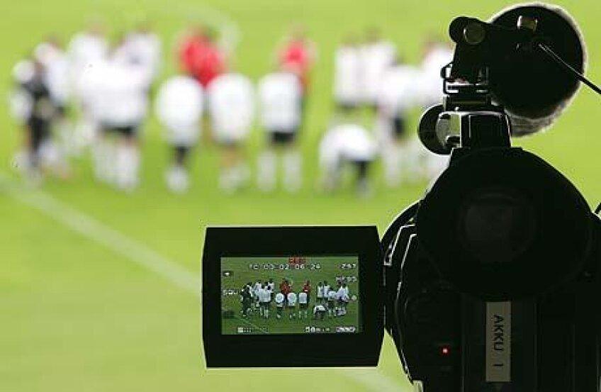 Francezii au vîndut drepturile TV pe un an cît România în 15 ani :O