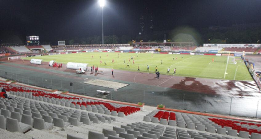 Stadionul din Ştefan cel Mare a devenit o sperietoare pentru suporteri, care ezită să mai vină la meciuri, considerînd-o cea mai urîtă arenă din Liga 1