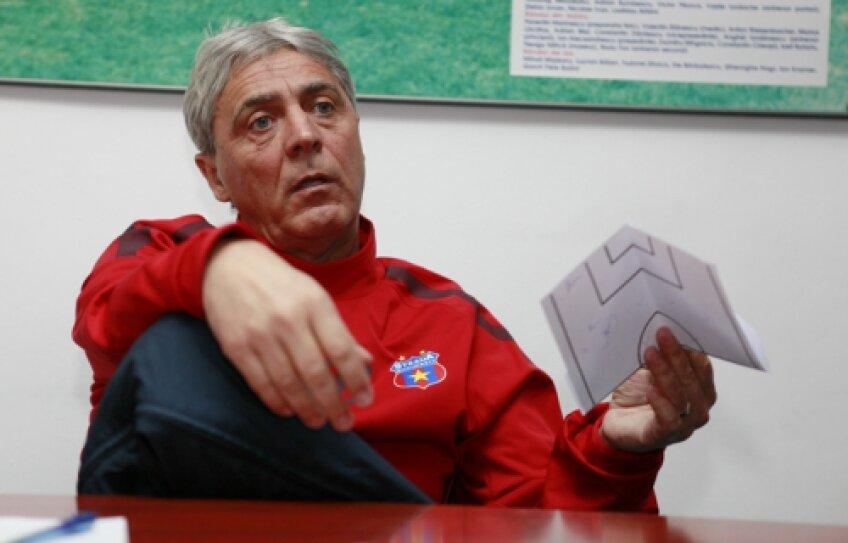 Sorin Cîrţu a fost al şaselea antrenor care a luat loc pe banca Stelei în sezonul trecut