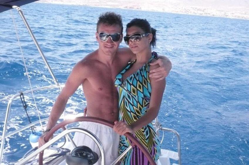Mitea e fericit şi în plan personal, recent el împăcîndu-se cu manechinul Andreea Tonciu