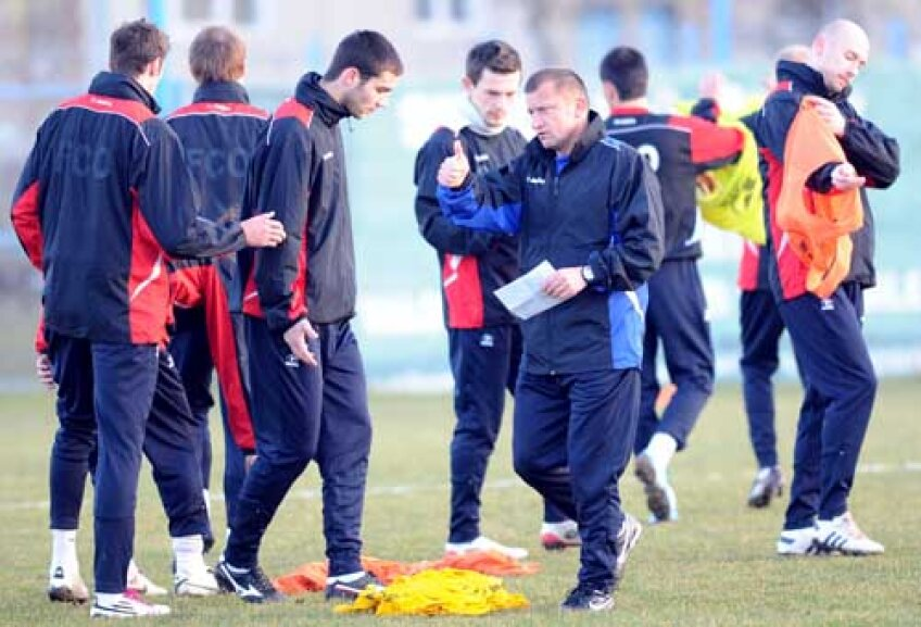 Munteanu are ambiţii mari în Liga Campionilor, unde vrea să strîngă 9 puncte