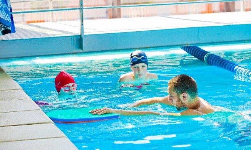 Cursuri de înot pentru copii la centrele World Class din Cluj sursa:classicdream.ro
