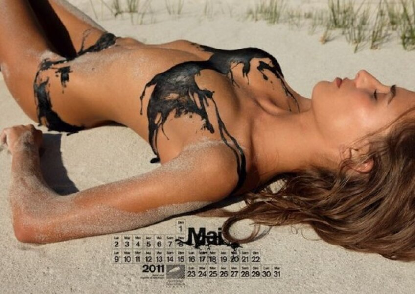 Calendar sexy pentru salvarea oceanului
