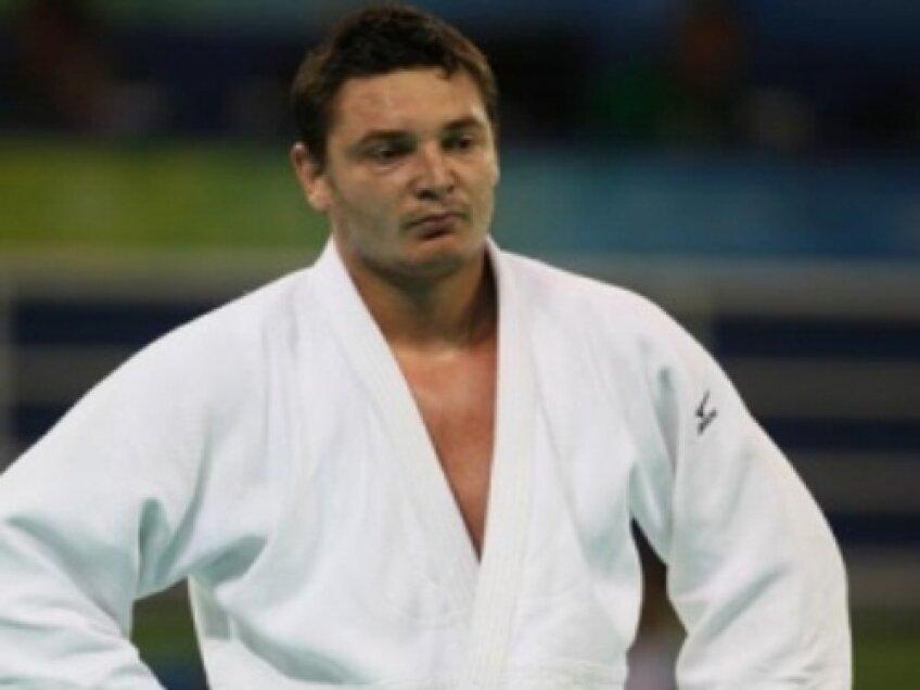 Daniel Brata este medaliat cu bronz la Campionatele Europene de Judo din 2009