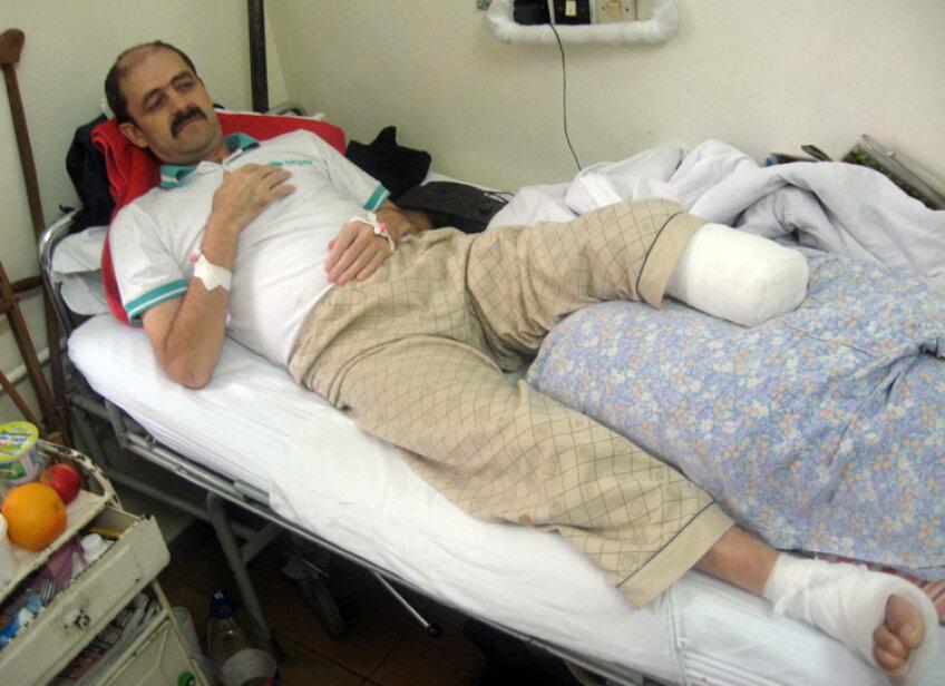Aşa arăta Viorel Turcu în 2008, după ce i-a fost amputat piciorul stîng