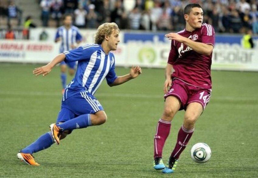 Teemu Pukki (stînga) este noul coleg al lui Ciprian Marica la Schalke 04