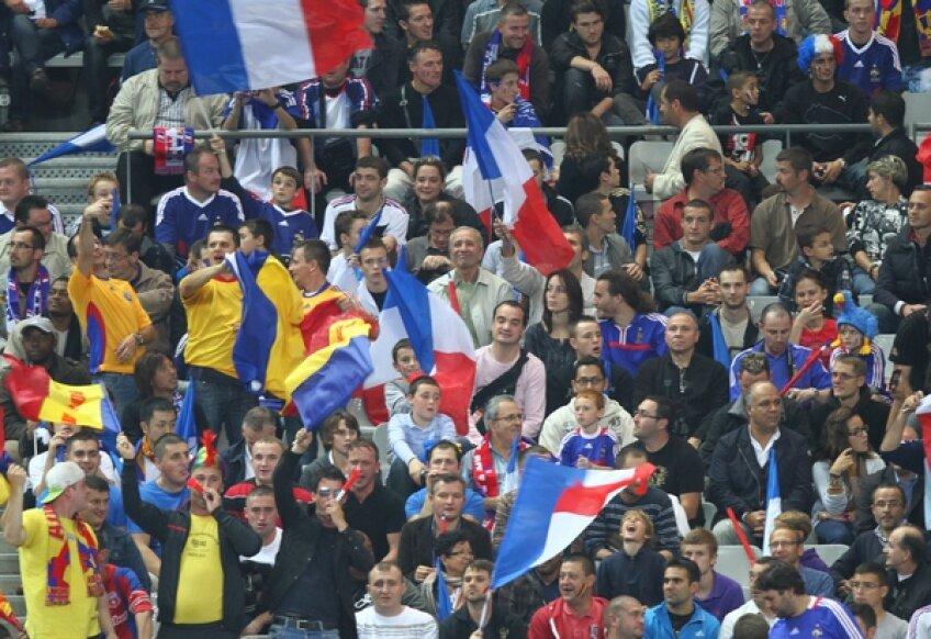 Suporterii francezi la meciul din tur din Franța și România (2-0)