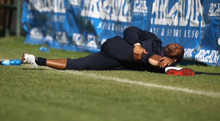 Imaginile cu Emeghara accidentat au fost mult mai multe la Steaua decît cele cu el la balon