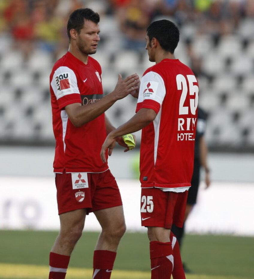 O victorie cu Vaslui i-ar plasa pe dinamovişti la 8 puncte de Steaua