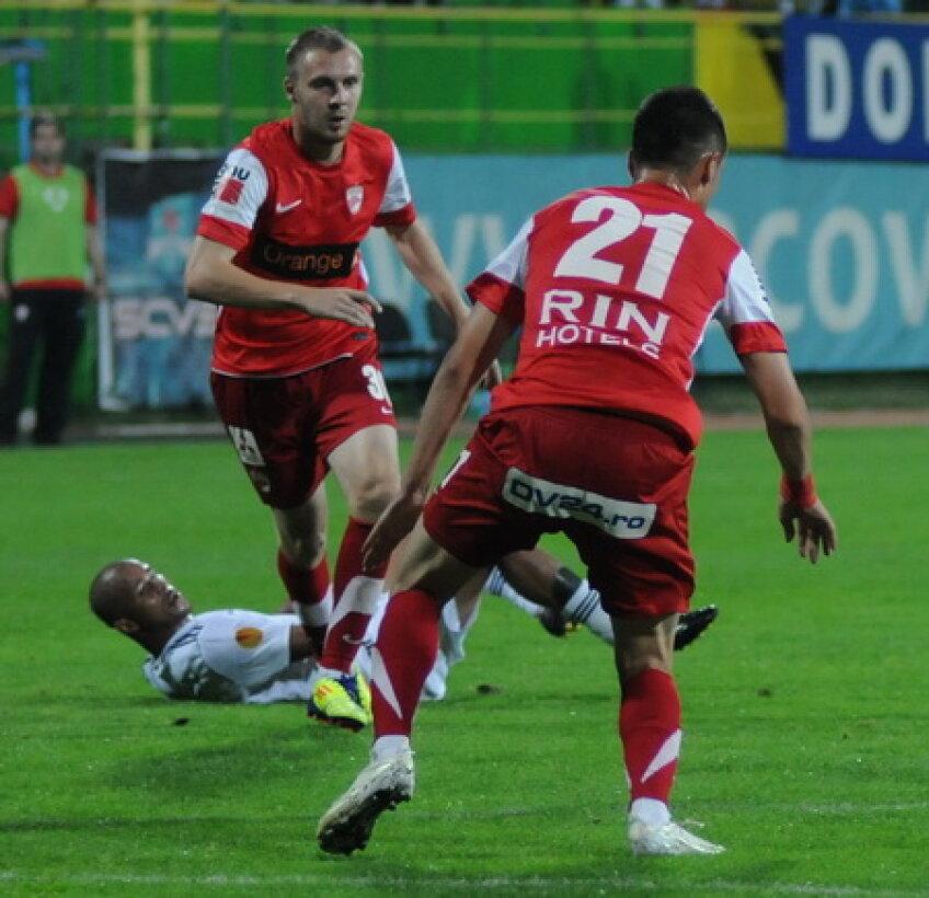 Dinamoviştii au fost depăşiţi net de fotbaliştii de creaţie din echipa lui Hizo, ca Sînmărtean,Wesley sau Adailton