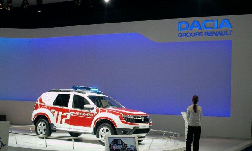 Dacia Duster pregăti pentru echipele de pompieri