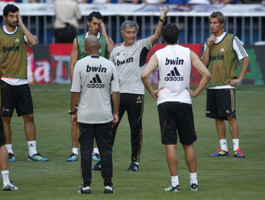 Suspendat, Mourinho va conduce diseară Realul din hotel FOTO Reuters