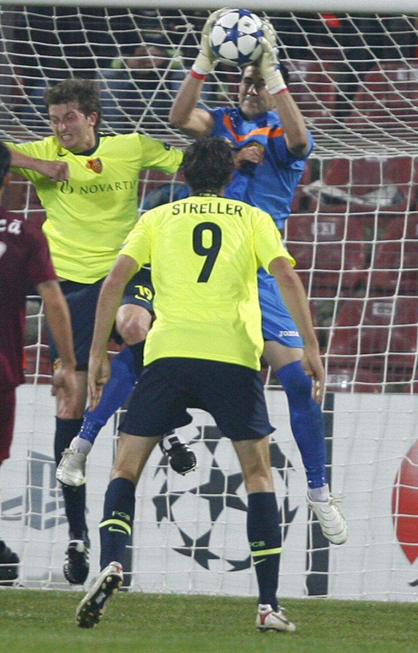 Marco Streller a jucat în sezonul trecut contra lui CFR în grupele Ligii