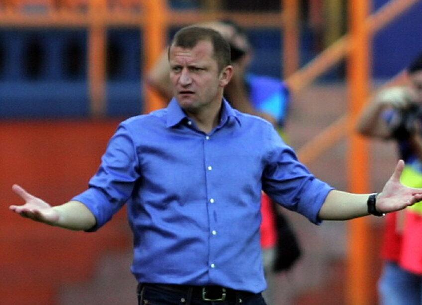 Dorinel Munteanu e frustrat că echipa sa a pierdut cu Basel, deşi a jucat bine