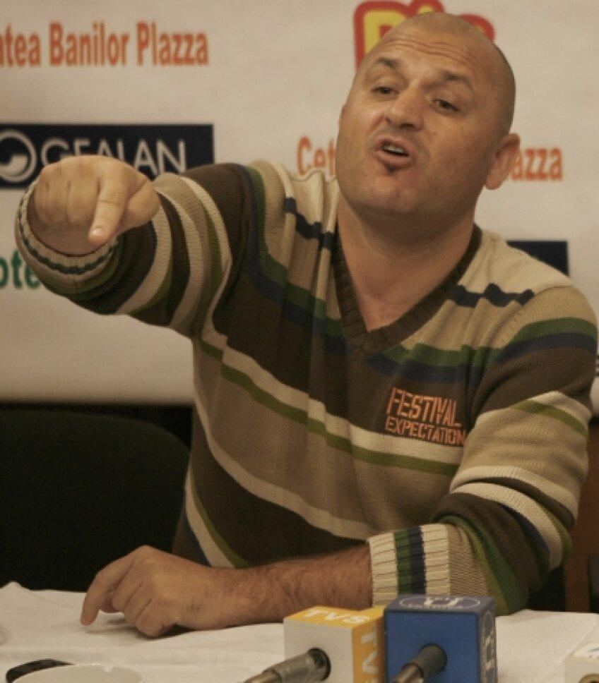 Adrian Mititelu a trecut la acţiune