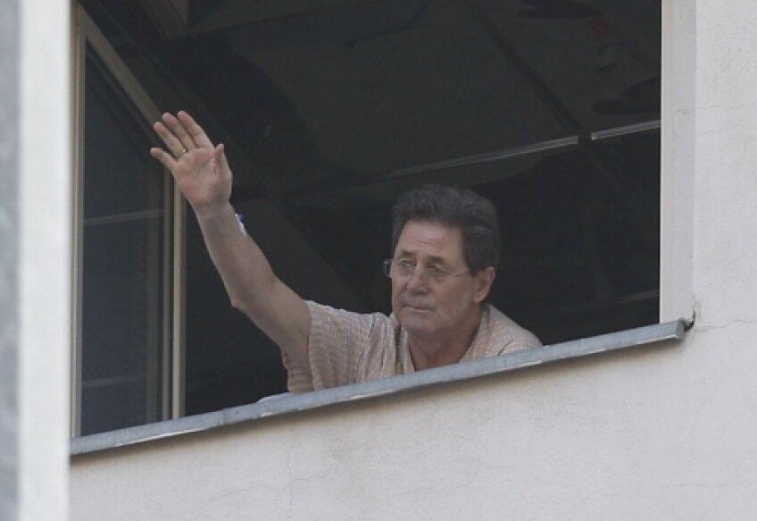 Cornel Dinu a urmărit de la geamul camerei de spital meciurile lui Dinamo de pe teren propriu