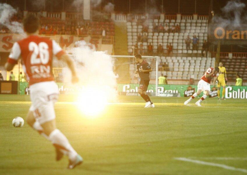 Preţul focului din Ştefan cel Mare: 397 de fani penalizaţi, amenzi de 60.000 €