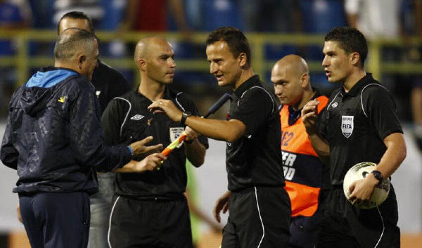 Arbitrul de aseară, Istvan Kovacs, nu e la primul meci pe care-l conduce şi în care un fotbalist se accidentează g
