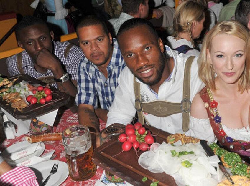 Drogba a petrecut la Oktoberfest înainte de meci