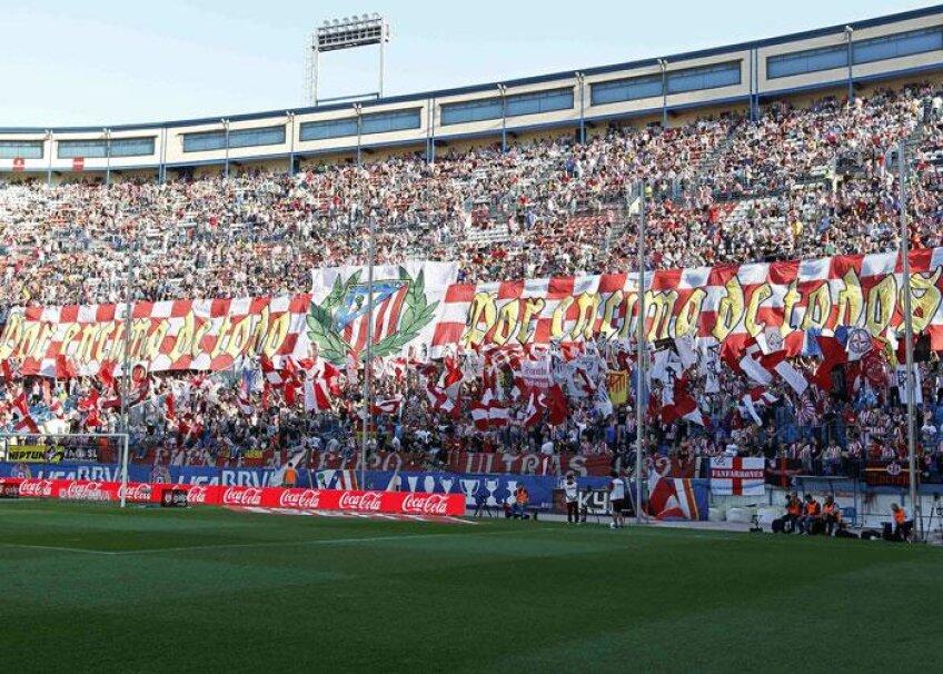 O parte a fanilor lui Atletico a batjocorit amintirea fostului fotbalist al formaţiei andaluze, Antonio Puerta, decedat în urmă cu 4 ani, după ce i s-a făcut rău la un meci contra lui Getafe.