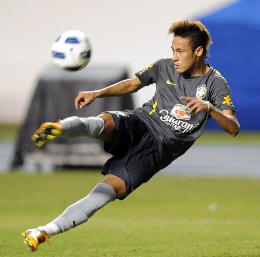 Neymar, la un antrenament al nationalei Braziliei