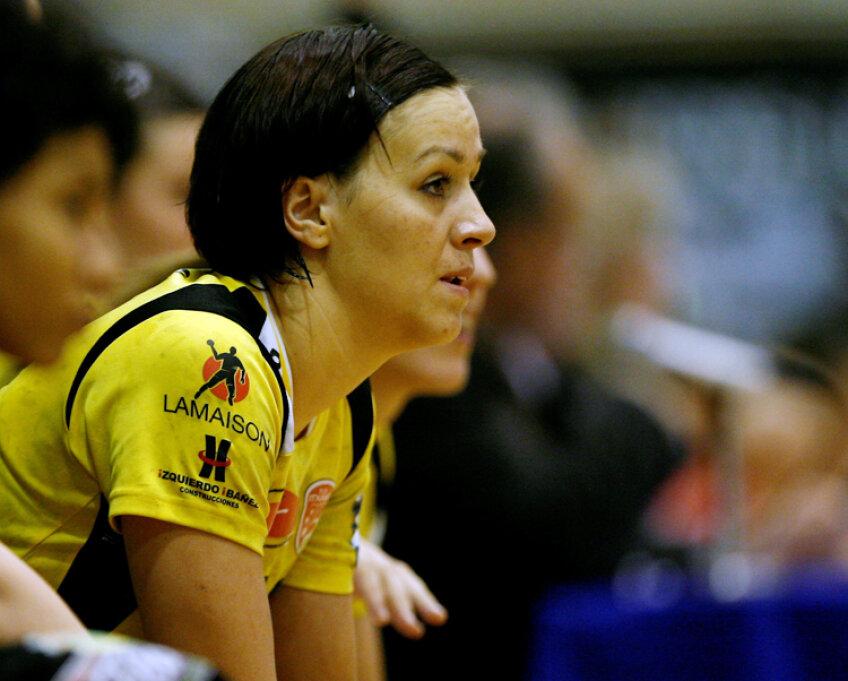 Oana Chirilă a înfruntat în acest an Oltchim în Liga Campionilor din postura de jucătoare a lui Itxako