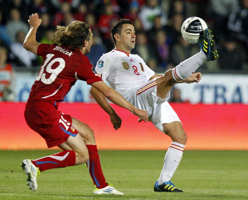 Creierul Barcelonei şi al naţionalei Spaniei, Xavi, este cel mai bun pasator din lume în acest moment