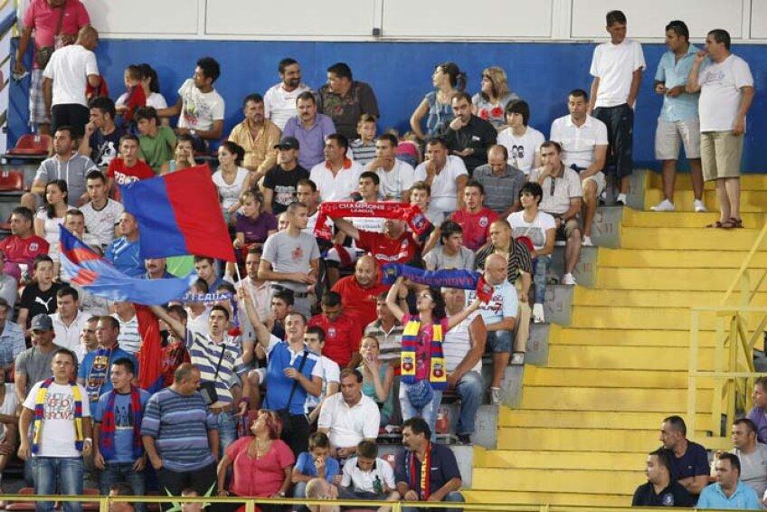 Steaua şi Rapid au adus împreună 44.000 de fani în acest sezon. Pot umple la un singur meci o arenă de 55.000?