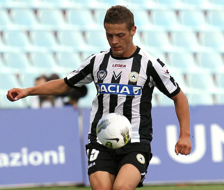 Gabriel Torje, 22 de ani, are şanse mari să ajungă la un club important din Europa. Abia transferat la Udinese, românul este urmărit de nume importante ca Arsenal şi AC Milan