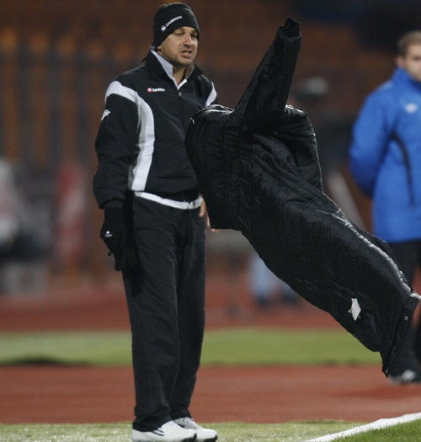 Enache şi-a pierdut coerenţa după înfrîngerea cu Dinamo, 0-5