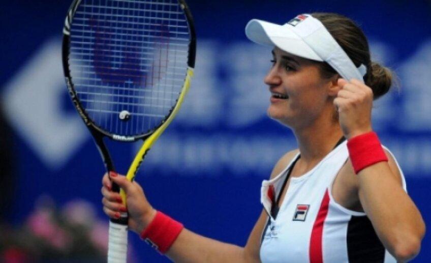 Monica Niculescu s-a duelat timp de trei ore cu Karin Knapp