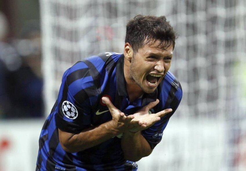 Mauro Zarate are un contract special la Inter. Ia o grămadă de bani dacă dă pasă de gol, dar nu ia banii decît după 10 assisturi!